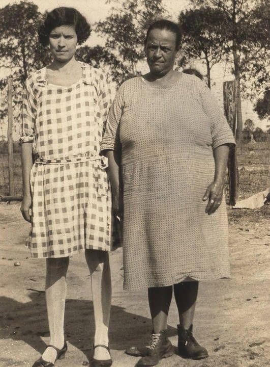 Two Cajun women in Mobile County, Alabama Q5420