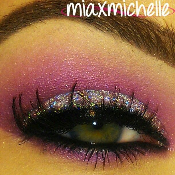 Pink and glitter eyeshadow.