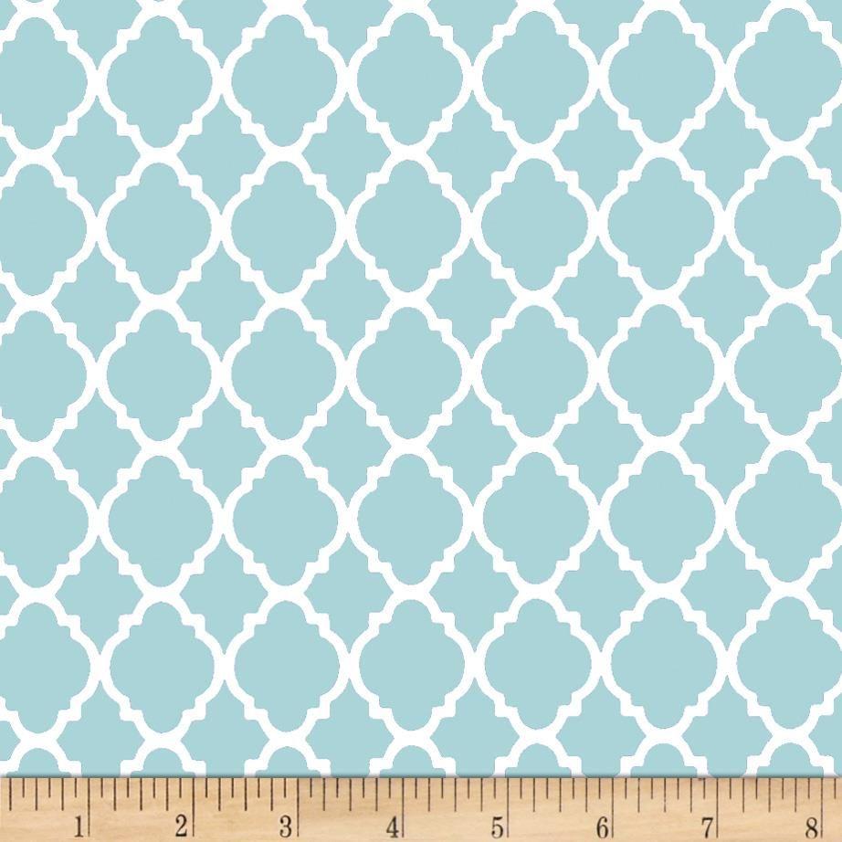 Quatrefoil Baby Blue/White from @fabricdotcom This cotton print ...