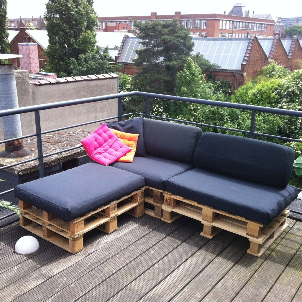 canap en palette diy palettes pinterest innenarchitektur balkon et holz. Black Bedroom Furniture Sets. Home Design Ideas