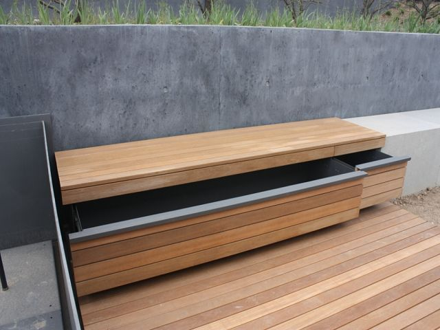 Photo of FMH: Designpute kister, FMH metallkonstruksjon og tømmerkonstruksjon, Stuttgart / Fellbach