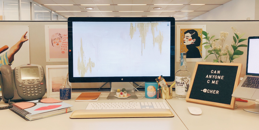 10 Decor Ideas To Give Your Basic Cubicle Actual Personality