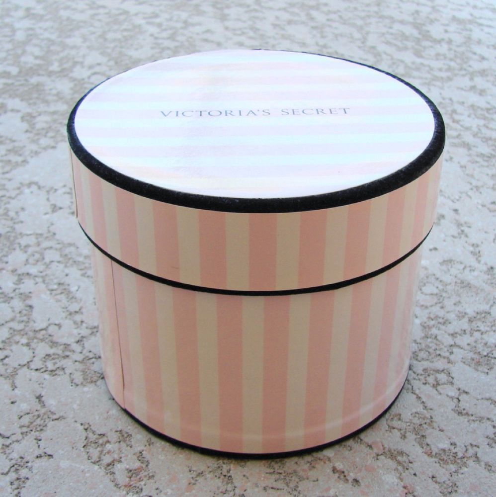 Victoria S Secret Small Round Store Prop Gift Box Pink White