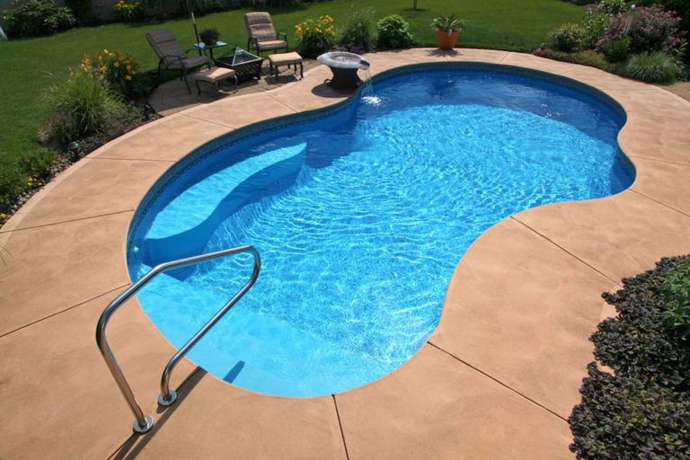 Gunite Swimming Pools Are Great For Your Gulf Coast Home