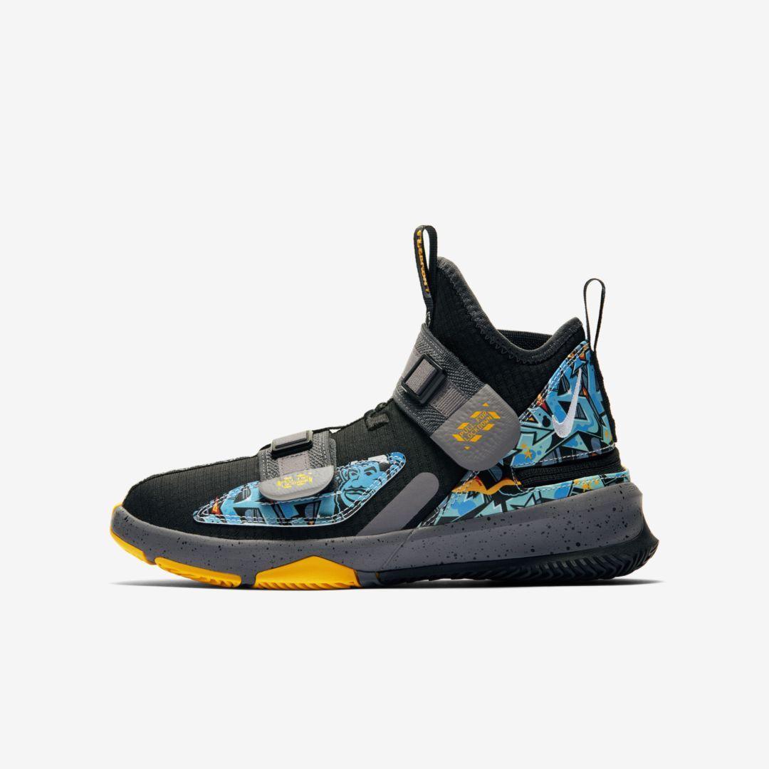 Photo of LeBron Soldier 13 FlyEase Big Kids' Basketball Shoe. Nike.com
