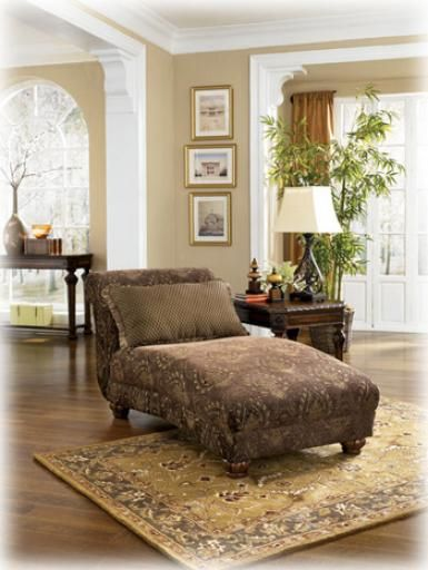 ashley furniture | Ashley 3730015 72"|385|512|?|b4816ef969e95b820f3e673324539471|False|UNLIKELY|0.3037390410900116