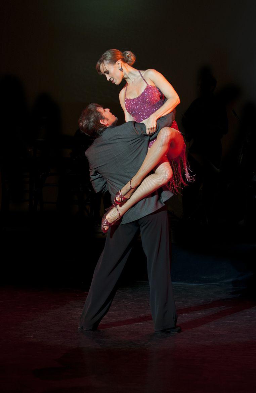 Passion tango dance wedding first dance hip hop dance