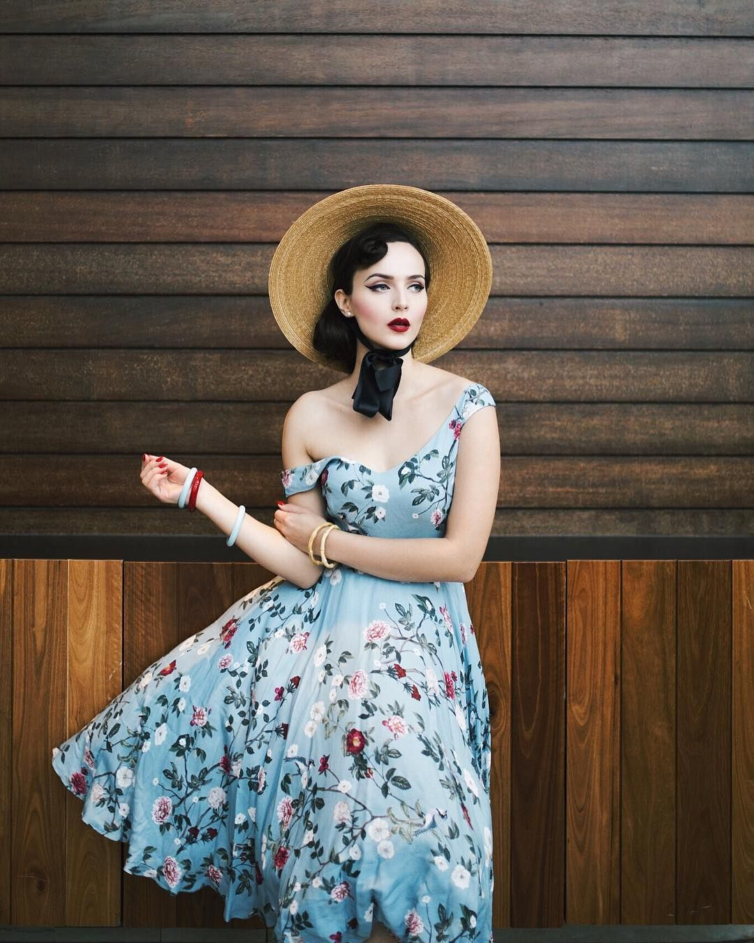17 Stunning Women Who Prove Vintage Style Is Timeless Womens Fashion Vintage Fashion Vintage Outfits