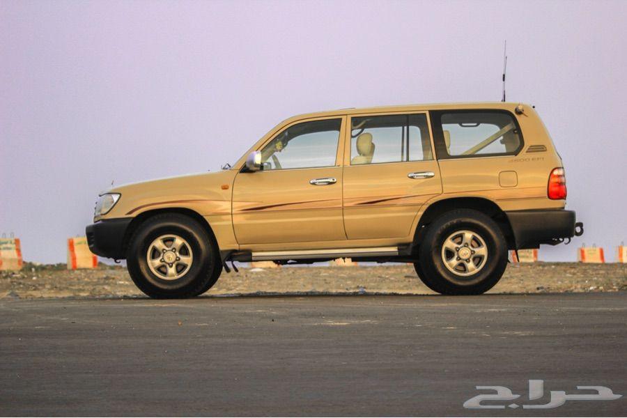 للبيع جي اكس 2001 اللون بيج Vehicles Car