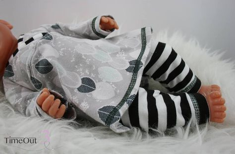 Photo of Lieblings-Tunika und Leggings für Puppen: Freebie bei Stoff …
