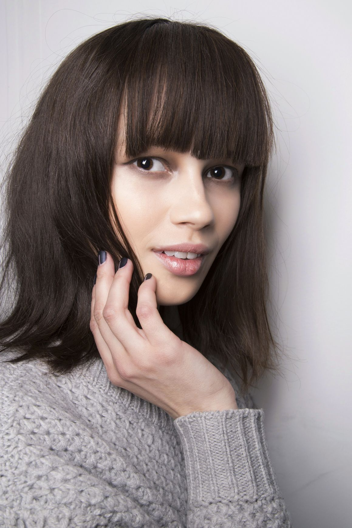 haircuts to copy right now haircut styles retro bangs and long bob