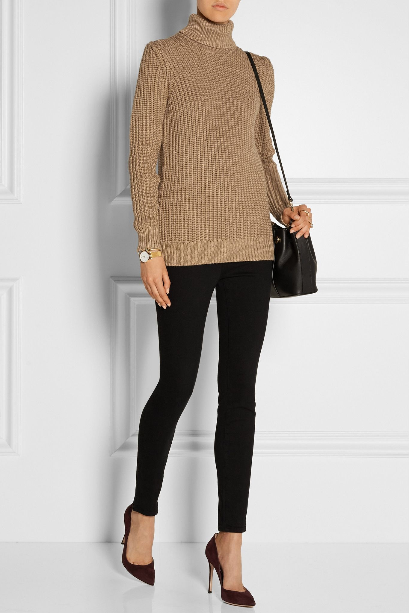 MICHAEL KORS COLLECTION Chunky-knit turtleneck sweater €855.00 https://www.net-a-porter.com/products/574389