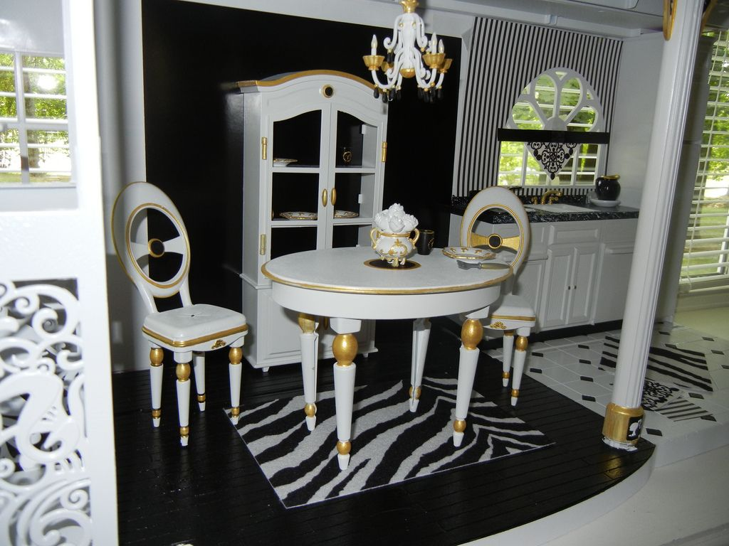 work in progress casa de boneca bonecas e casas