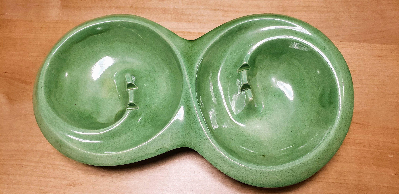 Vintage ashtrays green glass nesting retro midcentury tobacciana decor bar