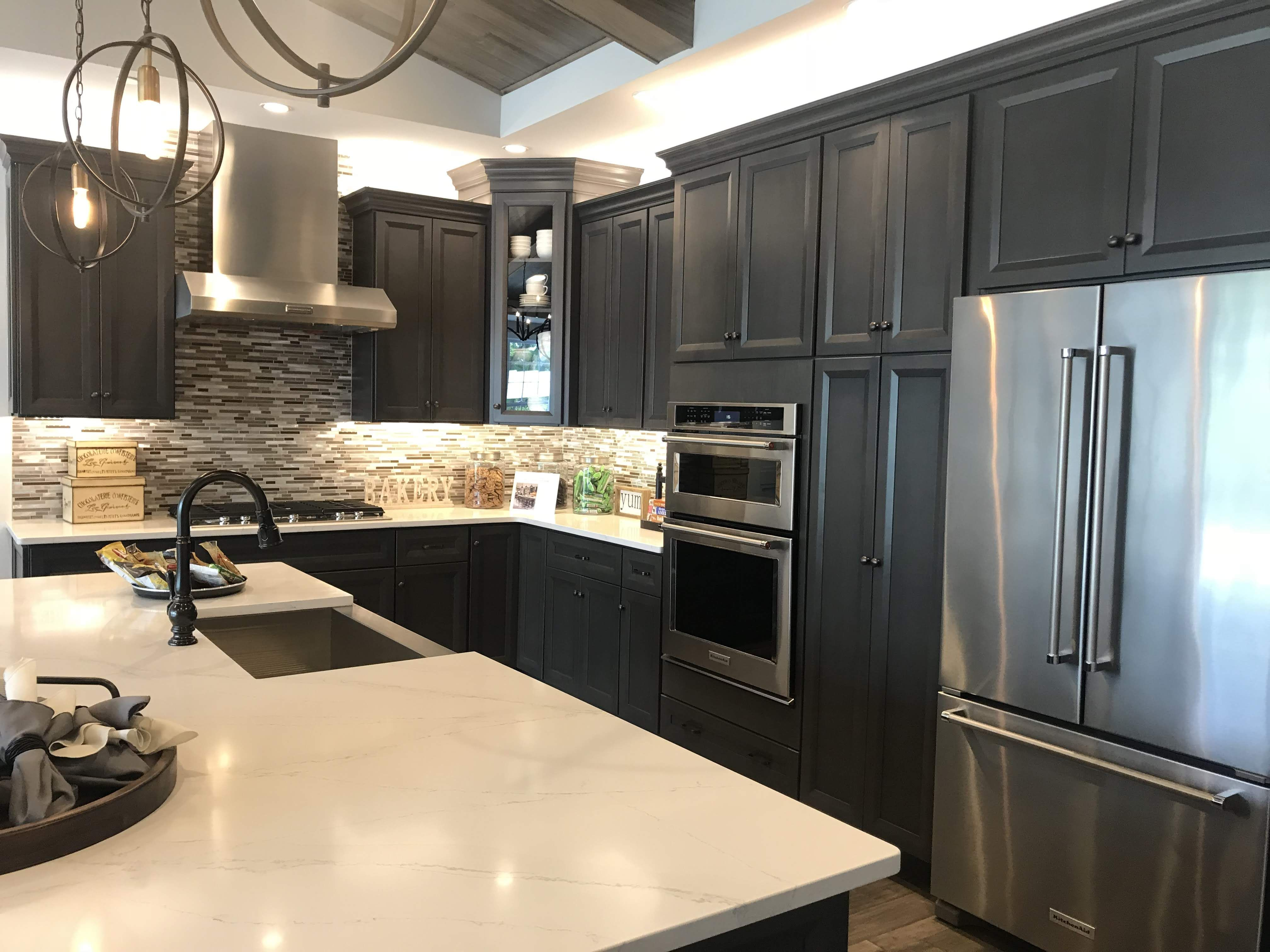 Beautiful Traditional Kitchen Monaco Door Style With Pewter Color Kitchendesign Dreamkitchen Farmsink Kitchen Traditional Kitchen Dream Kitchen