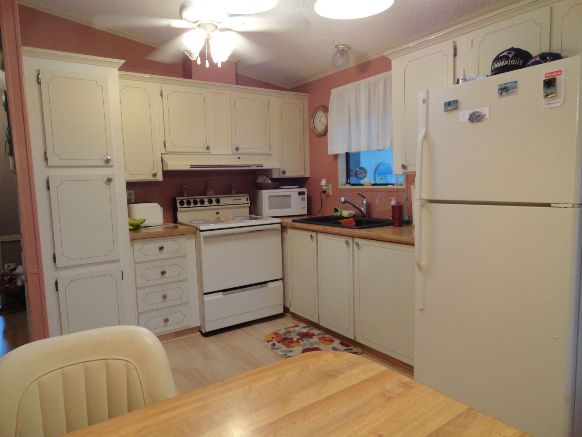 KITCHEN 1989 Palm Harbor Mobile / Manufactured Home in