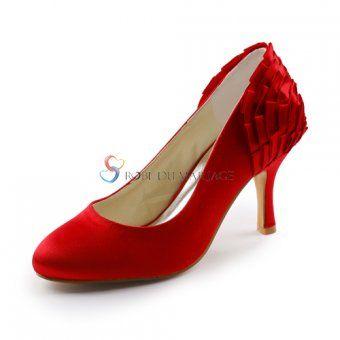 21b8c534633 Magnifique chaussure décoré de ruches avec talon haut(7cm) en satin ...