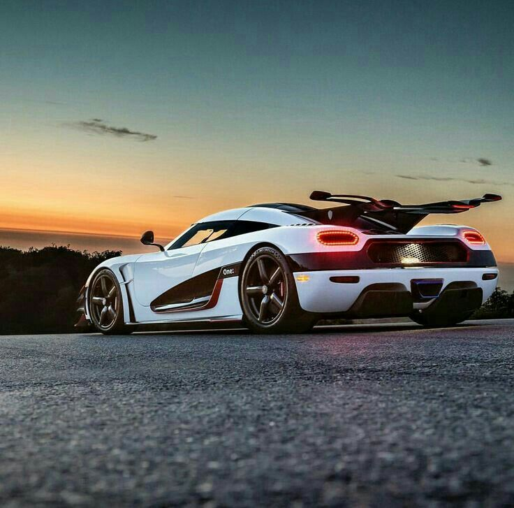 Pin By Vaibhav Parikh On Koenigsegg