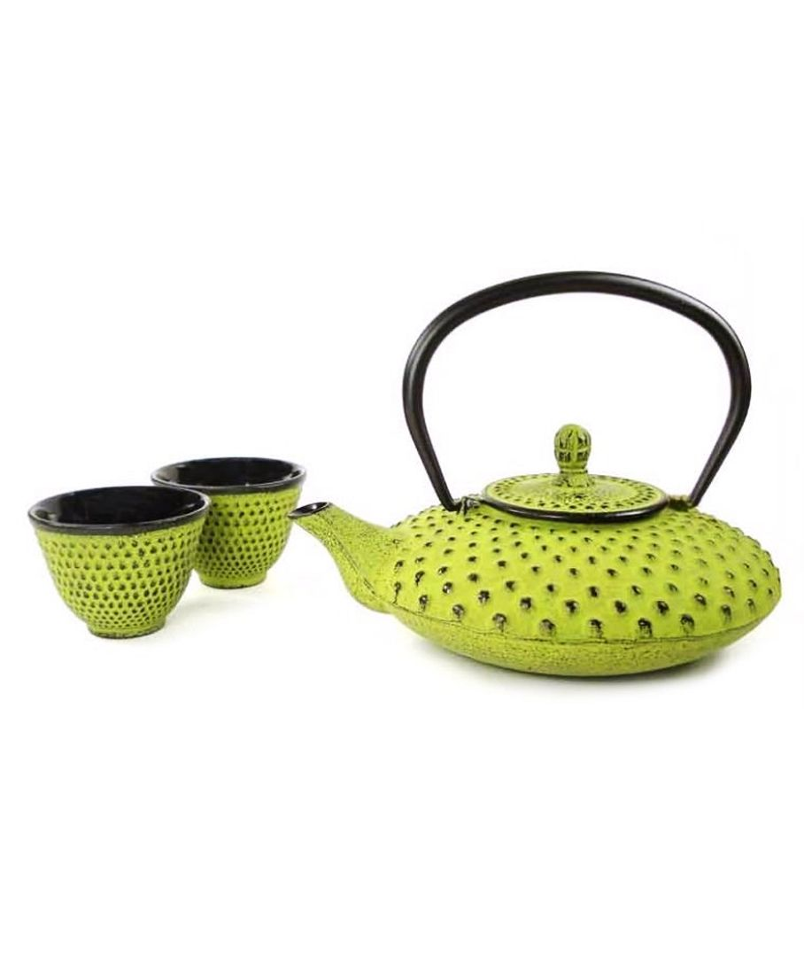 Cast Iron Teapot Set | I want this!!!