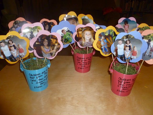 Great Diy Presents For Mom: DIY MOTHER'S DAY PICTURE FLOWER POT BOUQUET