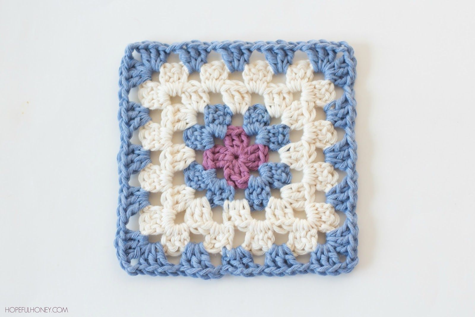 Classic Granny Square - Free Crochet Pattern | Häkelanleitung ...