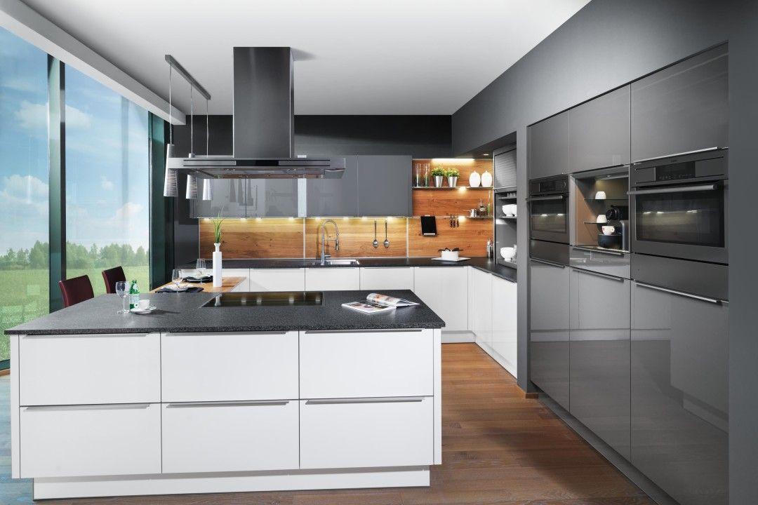 fm kueche modell waldenfels weiß quarz hochglanz acryl wildeiche ...