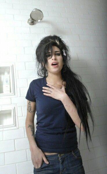 Amy Winehouse x