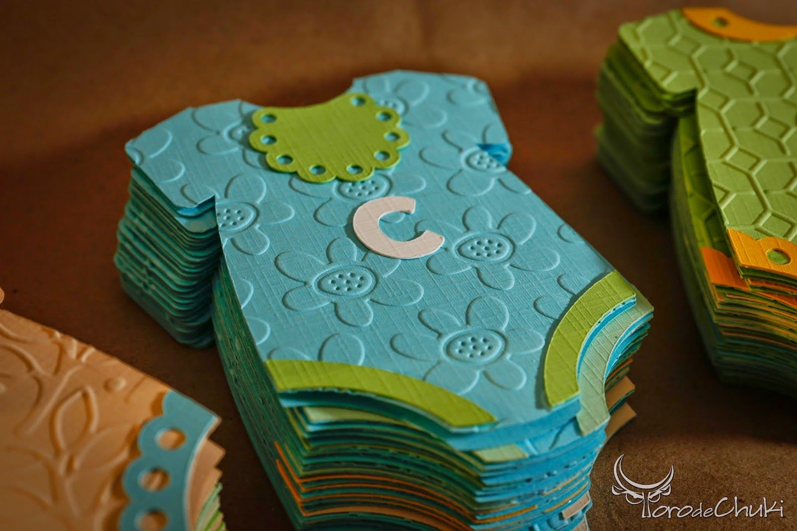 Adorable onesie handmade baby cards. Check this out!! http