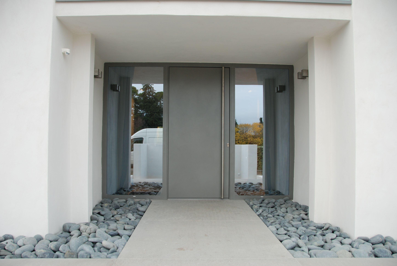 Porte D Entree Covermetal Villa Contemporaine Architecte Jean Michel Villot Entrance Design Entrance Porch Entrance