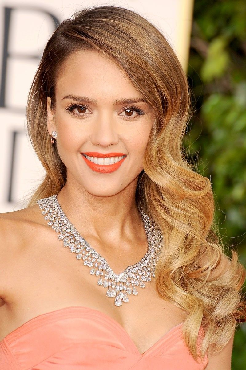 Red Carpet Hairstyles For Long Hair In 2019 Celebrity