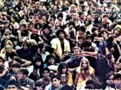 The Woodstock Festival, the most famous rock festival of its era, opened in upstate New York 1969 - On this day in 1969 featured Joan Baez, Blood, Sweat and Tears, Jimi Hendrix, The Who, Arlo Guthrie, Joe Cocker, Richie Havens, The Grateful Dead, Janis Joplin, Canned Heat, Santana and many more...
