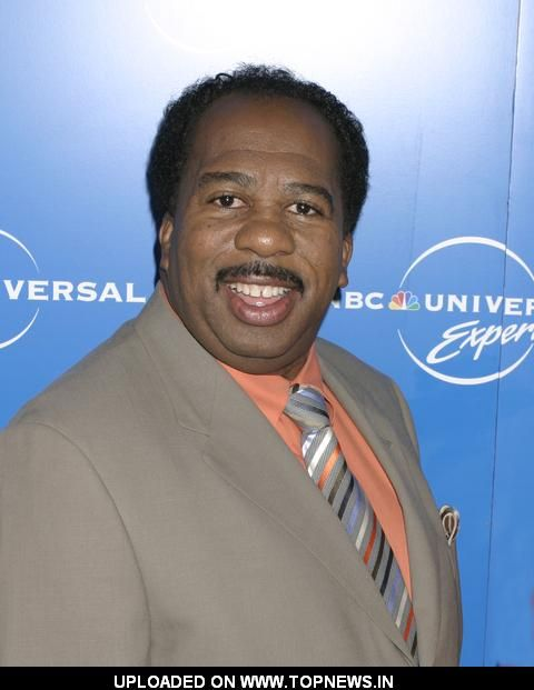 leslie david baker height