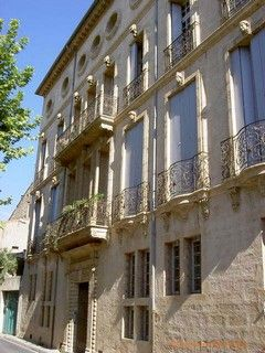 Pezenas A Picturesque Town Full Of Beautiful Buildings And French Artisans Montpelier France Beautiful Buildings Languedoc