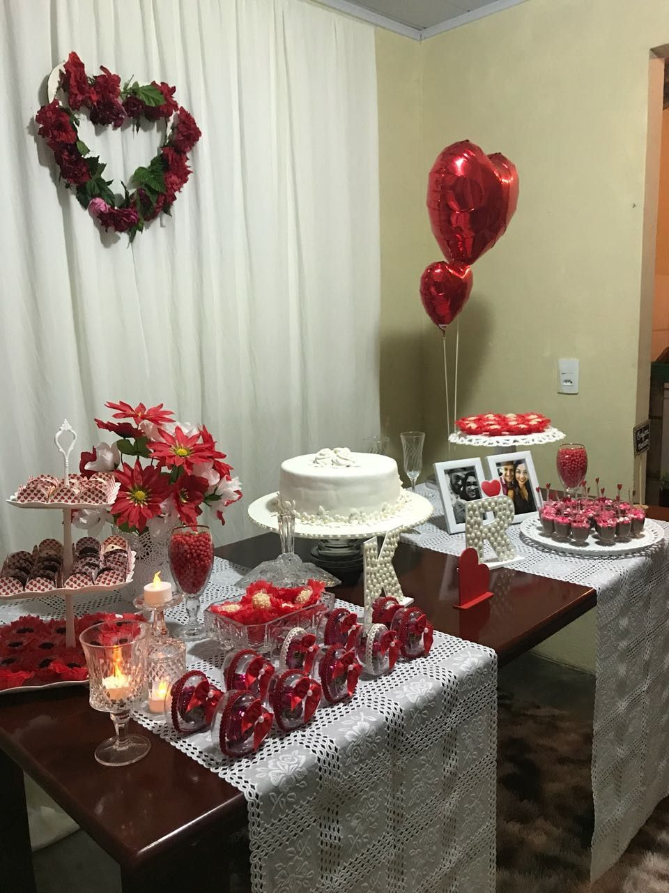 Noivado R&K Simples e bonito Noivado em 2019 Table decorations, Christmas Tree e Table settings