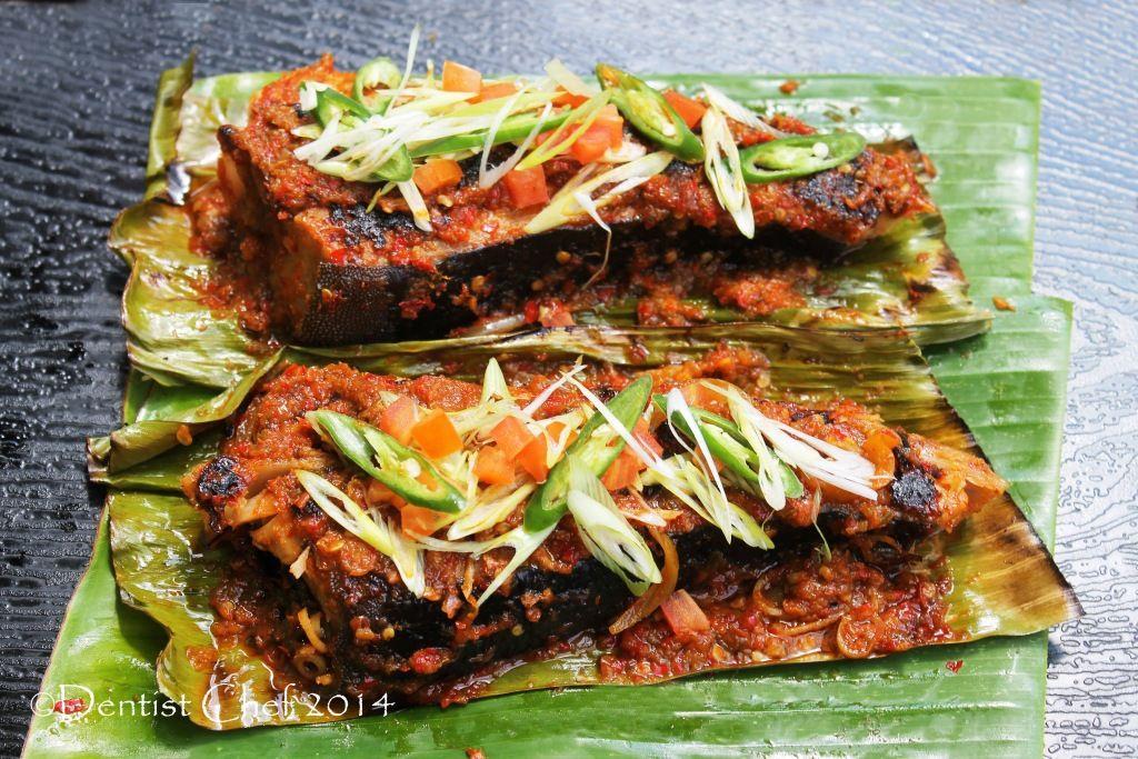 Recipe Sambal Stingray Grilled Stingray Skate With Chili Barbeque Sauce Ikan Pari Bakar Bumbu Sambalpedas Resep Masakan Resep Makanan