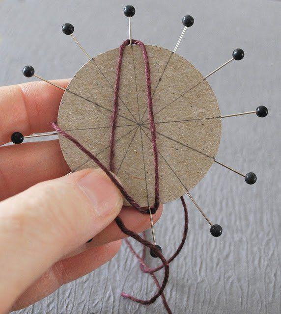 how to diy twine flower with cardboard pinterest carton diy et fleur. Black Bedroom Furniture Sets. Home Design Ideas