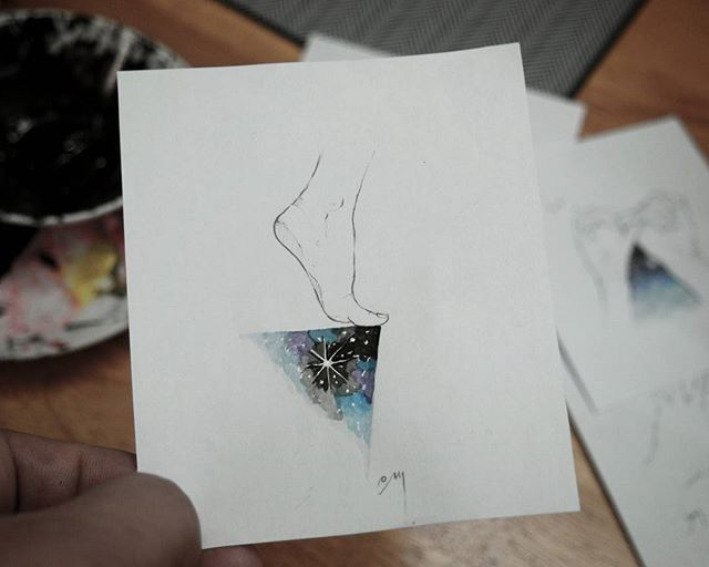 diving . . #tattoo #tattooworkers #doodle #inked #artwork #inkstinctsubmission #painting #pencil #painting #equilattera #illust #foot #galaxytattoo #thinkbeforeuink #drawing #watercolor #tattoodesign #ttblackink #홍대 #홍대타투 #감성타투 #타투 #우주타투 #연필그림 #그림스타그램 #그림 #수채화 #타투도안 #일러스트 #드로잉 #감성그림