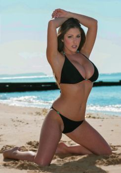 Models Lucy 3 AfkronyHot Beach Pinder By dCoxBe