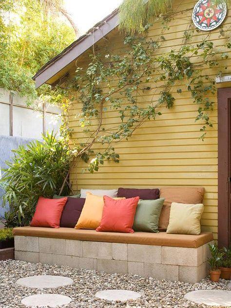 Ideen f r gartengestaltung g nstig einrichten sitzbank k che garten garten ideen und hinterhof - Gartengestaltung gunstig ...