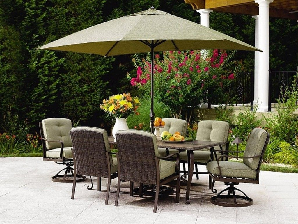 Cool Outdoor Patio Sets With Umbrella Above Square Table And Chairs