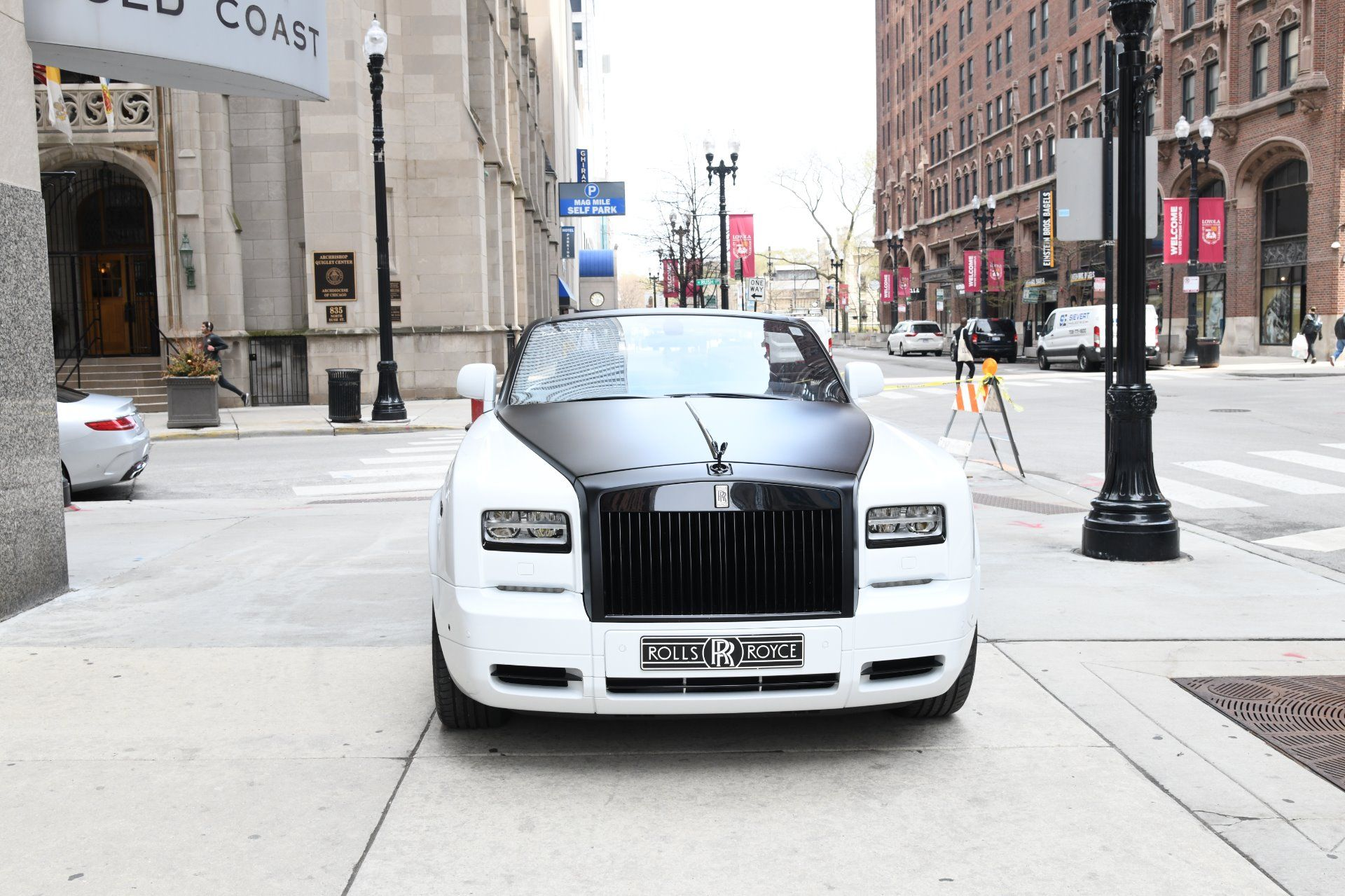 Photo of For sale :  2016 Rolls-Royce Phantom Drophead Coupe – Chicago Exotic Car Dealer  – United States