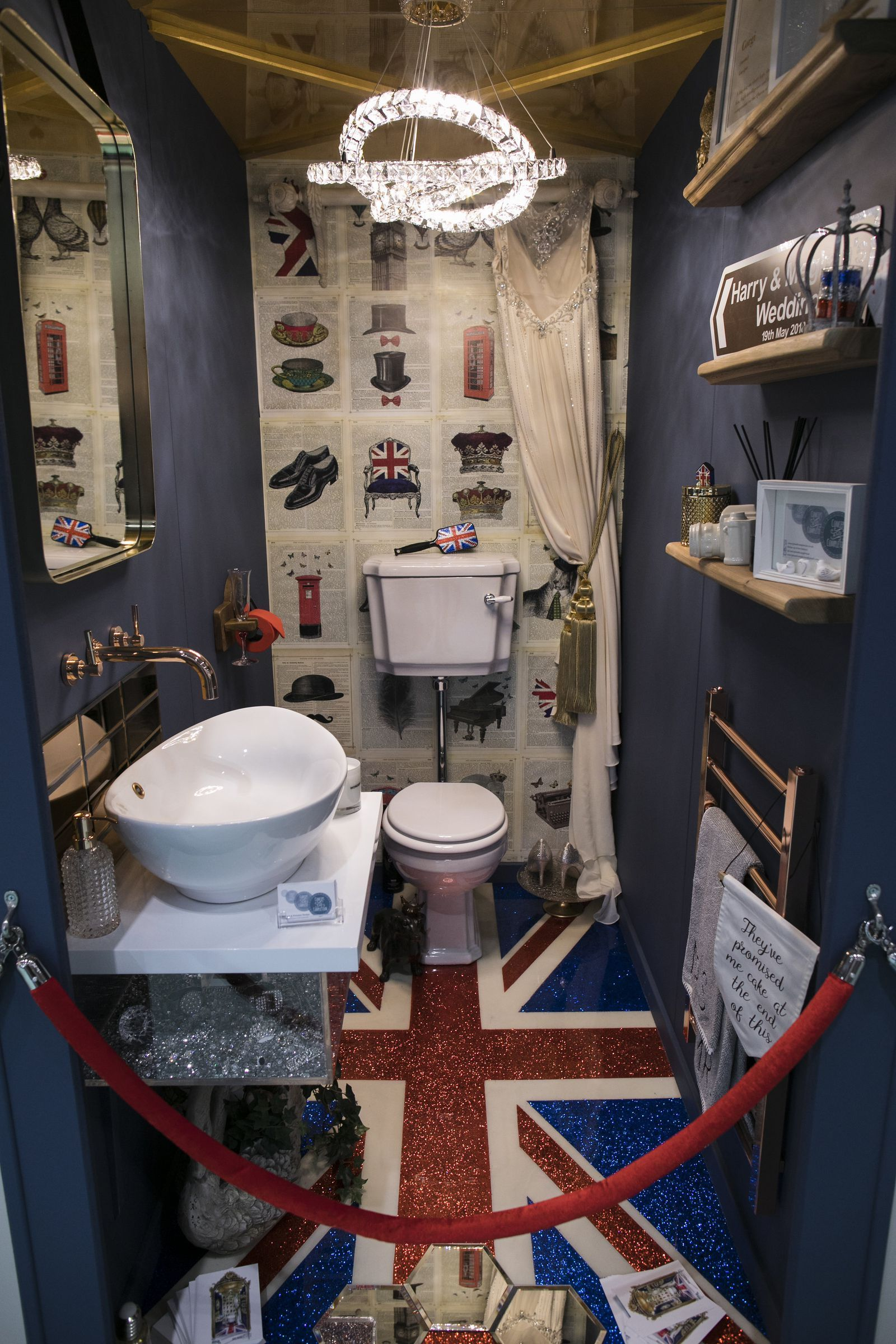 8 Bold And Quirky Downstairs Toilet Design Ideas As Seen At Grand Designs Live Downstairs Toilet Toilet Design Bathroom Ideas Uk