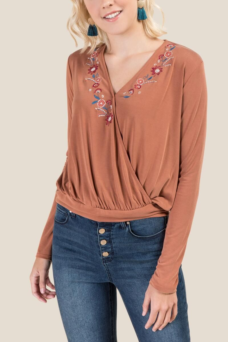 799e4688a1870a Tammy Floral Embroidered Blouse