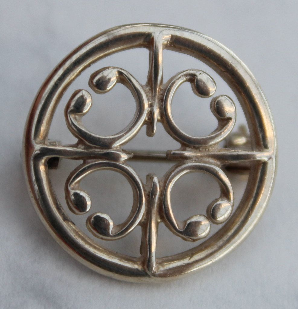 b6987b1e84a7c Ola Gorie St Magnus Sterling Silver brooch. A nice Scottish Pin from ...