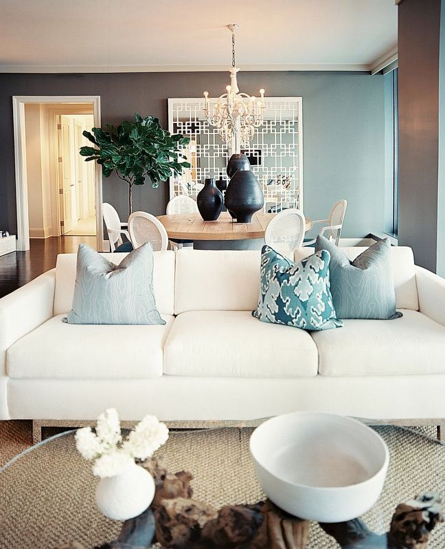 Decor Inspiration | The White Couch | Apartment Decorating | Fab Housewife