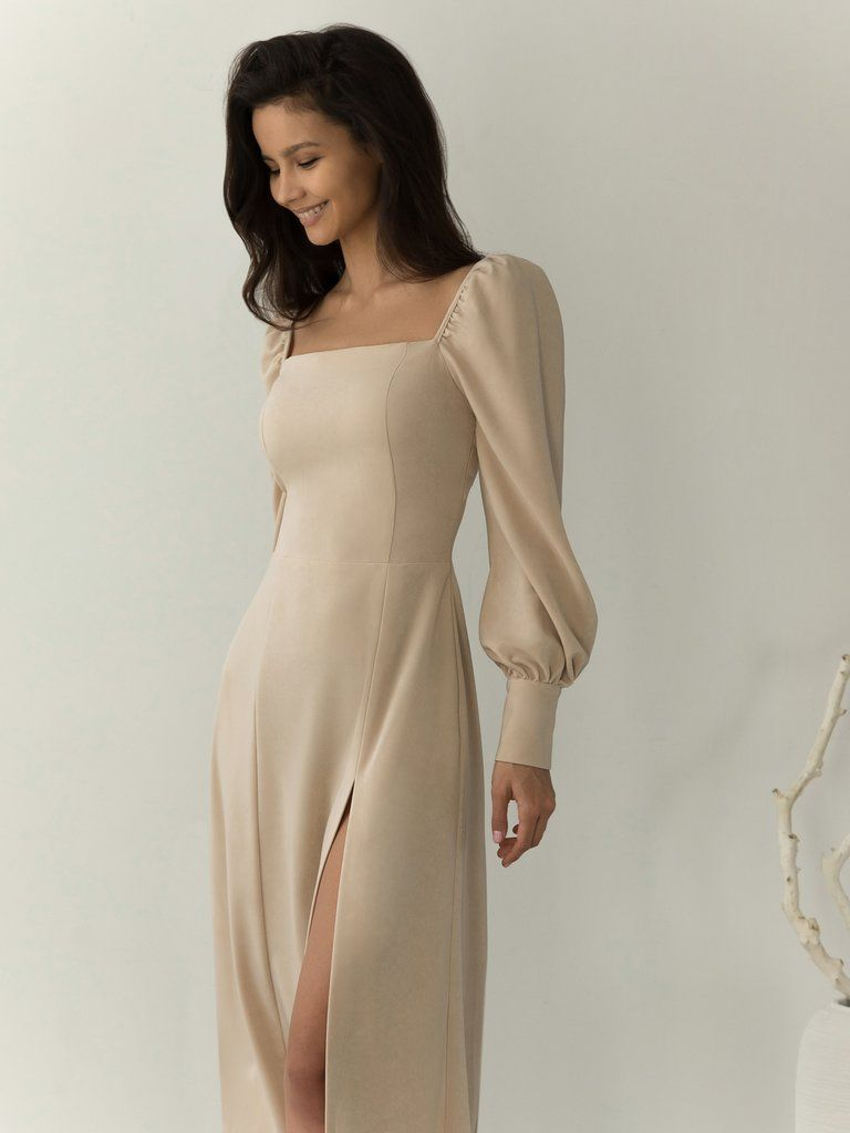 Lichi - Online fashion store :: Square-neckline sp
