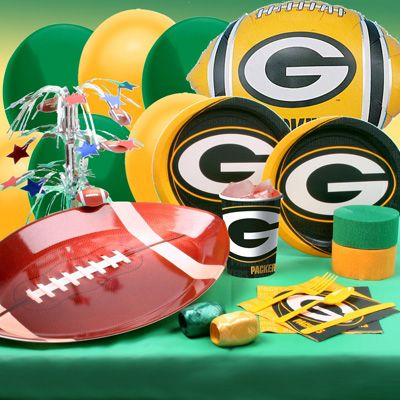 Green Bay Packers party ware.