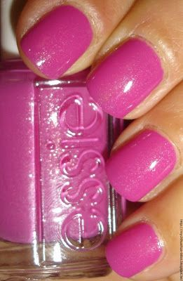 """My Chihuahua Bites!: Essie - Collection """"Naughty Nautical"""" : """"The Girls Are Out"""""""