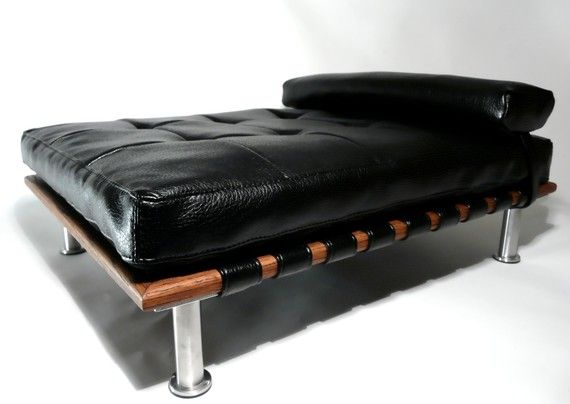 "Modern Pet Bed, daybed and lounger (Small Dog Bed / Cat Bed, 25""x19"") $135"