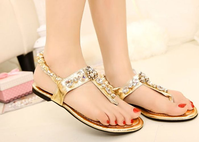 d1f6009c2f67 Casual Womens Flat Sandals With Rhinestone and Flip-Flop Design (GOLD
